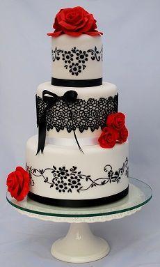 Svatební dort v duchu Carmen