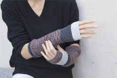 Tortoise Newsletter November 2016 Tamaki Niime can be found weaving beautiful designs in her textile workshop in Hyogo, Japan.
