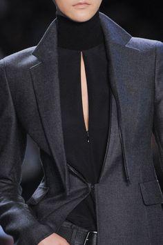 Jacket with detachable lapels; chic fashion details // Akris Fall 2014