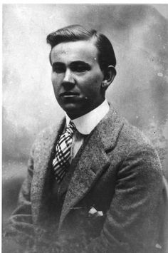 Otto Elvinus Larsen - Otto Ernest Larson