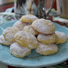 Lemon Gooey Butter Cookies | Small Town Woman