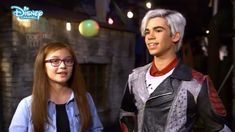 Descendants 2 | Behind The Scenes with Dizzy Disney Descendants Cast, Descendants Videos, Disney Channel Descendants, Disney Channel Stars, Disney Songs, Disney Memes, First Kiss Video, Pocket Princesses, Ariana Grande Pictures