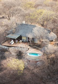 Little Ongava, Etosha, Namibia, is perched on the crest of a hill commanding magnificent vistas of the plains stretching for miles to the horizon. Hut House, House Yard, Farm Plans, Game Lodge, Outdoor Restaurant, Beach Bungalows, Villa, Cabana, Lodges