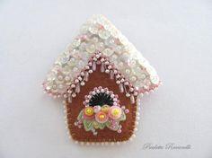 Felt Gingerbread Birdhouse Pin by Beedeebabee on Etsy
