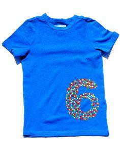 feest-T-shirt, deze is geflockt, maar kan ook met stempelen (potlood met gum)
