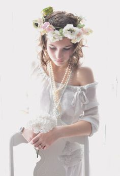 Coroa de flores grandes. #coroa #flores #noiva #romantica #delicada.