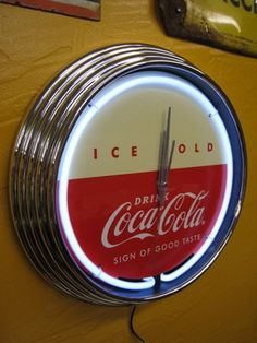 "Retro Chrome & Neon Coca-Cola Wall Clock NEW in Box ""A Sign of Good Taste"" in Collectibles, Advertising, Soda Coca Cola Addiction, Pepsi Logo, Always Coca Cola, Share A Coke, Neon Clock, Energy Drinks, Glass Bottles, Coco, Football Bedroom"