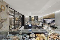 Découvrez en image le nouvelle agencement de la Grande Épicerie du Bon Marché. Blog architecture intérieure Red Banana Studio Aix en Prove