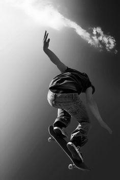 Kitesurfing, Skate Shop, Skater Boys, Hang Ten, Water Photography, Color Photography, Action Poses, Parkour, Skater Girls