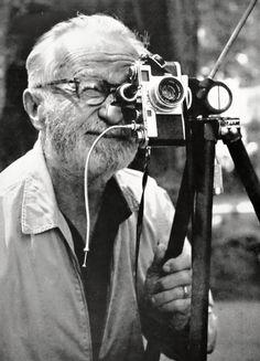stars-et-shooting:  Wayne Miller - Edward Steichen with his Nikon camera, c. 1960.