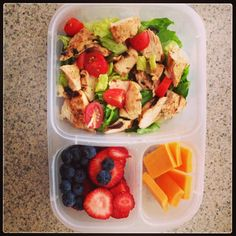"""I LOVE it when my dinner makes tomorrow's lunch! #livingandactive #lunch #easylunchboxes "" via @mebshelb - Instagram"