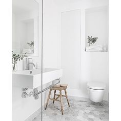 "Bathroom bliss! New blogpost <span class=""emoji emoji27a1""></span>️Trendenser.se #bathroom #badrum #wc #interior #inredningsinspo ..."