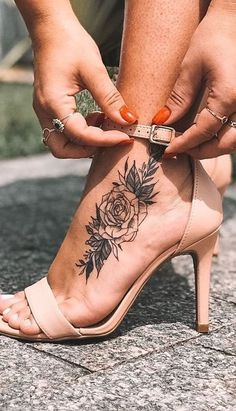 Foot Tattoos: 20 Incredible Photos to Get Inspired - I Love Tattoos . - Foot Tattoos: 20 Incredible Photos to Get Inspired – I Love Tattoos … – Foot Tattoos: 20 Ama - Dope Tattoos, Cute Foot Tattoos, Red Ink Tattoos, Girl Tattoos, Small Tattoos, Foot Tattoos Girls, Mother Tattoos For Children, Dragons Tattoo, Tattoo Designs Foot