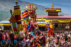 Wondering when is the best time to visit Bhutan? This guide will help you plan your trip based on the country's weather and festivals. Country Information, Bhutan, Plan Your Trip, Tours, Good Things, Travel, Festivals, Aesthetics, Weather