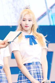 (notitle) - Twice - Nayeon, South Korean Girls, Korean Girl Groups, Sana Minatozaki, Twice Sana, Dahyun, Cool Girl, Female, Kpop