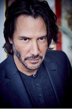 Keanu Reeves' Style Evolution, From Grunge Heartthrob To Ageless Wonder – Celebrities Woman Keanu Reeves John Wick, Keanu Charles Reeves, Keanu Reeves Matrix, Keanu Reeves Quotes, Keanu Reaves, Photo Souvenir, Actrices Hollywood, Raining Men, Best Actress