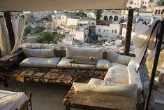 Ideas for the balcony - interior design examples Garden Furniture, Outdoor Furniture, Outdoor Decor, Bamboo Screening, Balcony Privacy, Interior Design Examples, Balcony Lighting, Balkon Design, Terrace