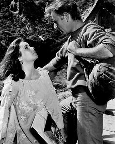 March 15 Elizabeth Taylor marries for the 5th time, Richard Burton