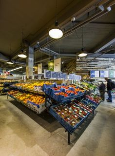 - Marqt is catering to foodies by turning around the traditional supermarket model of low prices, long expiration dates and overall convenience on ...