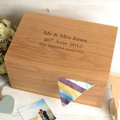 Personalised Oak Keepsake Box Wedding Memories by Create Gift Love, the perfect gift for Explore more unique gifts in our curated marketplace. Luxury Wedding Gifts, Best Wedding Gifts, Mr And Mrs Jones, Wedding List, Wedding Memorial, Keepsake Boxes, Dried Flowers, Trees To Plant, Stuff To Do