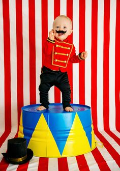 28 Circus Carnival Themed Birthday Party Ideas for Kids - Diy Craft Ideas & Gardening Circus Carnival Party, Circus Theme Party, Carnival Birthday Parties, First Birthday Parties, Birthday Party Themes, Circus Wedding, Circus Circus, Carnival Costumes, Dumbo Birthday Party