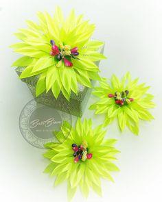 """Polubienia: 13, komentarze: 0 – Biżuteria z sutaszu #BetiBizu (@beti_bizu_handmade) na Instagramie: """"Ozdoba do włosów i nie tylko! . #betibizu #handmade #satin #flower #yellow  #polish #art #jewerly…"""" Plants, Instagram, Plant, Planets"""
