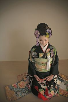 kimono 着物 黒引振袖 大手他店参考価格38万→98,000円 #japan #kimono #wedding #結婚式 #着物 #和装 #黒引振袖 #格安