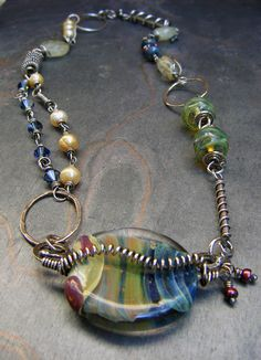 Wow - love lots of mixed beads