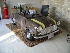 Bom dia!! A dica de hoje é um carro adaptado para escritório :) Curtiu?