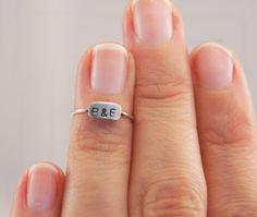 Fingerkuppenring Knucklering Monogramm von firlefanz_designs auf DaWanda.com