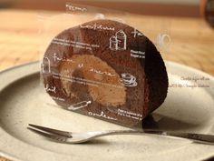濃厚うまっ!チョコレートシフォンロールケーキ🍫参考レシピあり | 小麦粉だいすき Bake Sale Packaging, Bread Packaging, Dessert Packaging, Bakery Packaging, Food Packaging Design, Swiss Roll Cakes, Japanese Cake, Baking And Pastry, Sweets Recipes