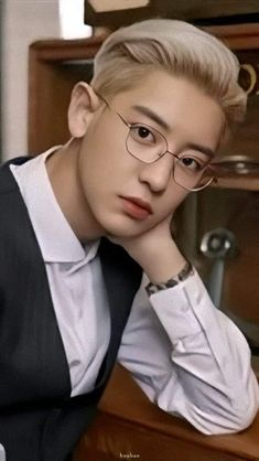 exo chanyeol Exo_l EXPLORATION we_are_one kpop soul exo chanyeol suho xumin we_are_one kpop soul exo chanyeol suho xumin real__pcy Baekhyun Chanyeol, Kpop Exo, Exo Ot12, Chanbaek, Chansoo, F4 Boys Over Flowers, Day6 Sungjin, Exo Official, Rapper