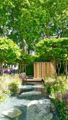 Laurent-Perrier garden by Luciano Giubbilei - Chelsea Flower Show 2011