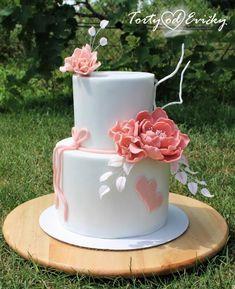 Small wedding cake by Cakes by Evička - http://cakesdecor.com/cakes/312812-small-wedding-cake