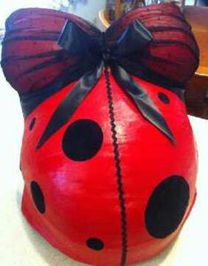 Wonderful belly cast by my super talented friend to match Addison's lady bug room