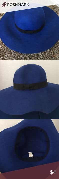 Wide Brim Crushable Hat Adorable royal blue wide brim hat. Inside diameter measuring 22 inches round. Crushable to can be packed in a bag which is handy dandy! Accessories Hats