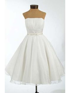 Strapless 50s Inspired White Chiffon Wedding Dress