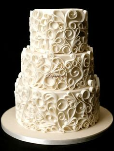 Round Wedding Cakes - Old good yet beautiful quilling technique..