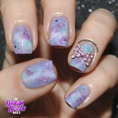 #31dc2016 Im going for the longest eva 31 day challenge 🙊 #tb Day 17 Galaxy nails. Pastel pretties.