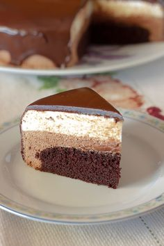 Cooking Cake, Cooking Recipes, Mousse Dessert, Fudge Brownies, Food Is Fuel, Cookies And Cream, Food Plating, Cake Cookies, How To Make Cake