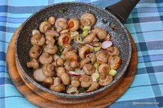 Romanian Food, Black Eyed Peas, Kung Pao Chicken, Vegetarian Recipes, Beans, Food And Drink, Potatoes, Cooking, Breakfast