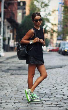 Como usar tênis com estilo em looks femininos
