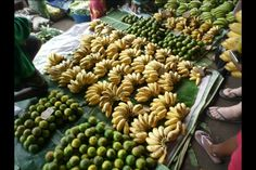 Market place, topical fruits yumm!!!