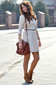 Brown-boots-white-dress-brown-leather-purse-brown-belt