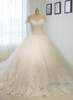Fairytale off the shoulder princess tulle ball gown wedding dress