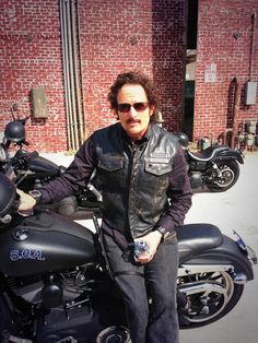 Kim Coates as Tig Trager. Although he's very weird and sometimes creepy, he's definitely my favorite!