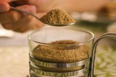 Açúcar mascavo: consuma com moderação, ok?