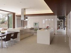 contemporist - modern architecture - swatt miers architects - oz residence - silicon valley - california - interior view - kitchen