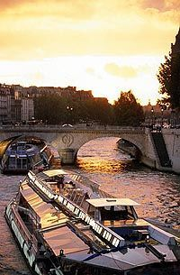 river seine cruise this is top of my to do list.......