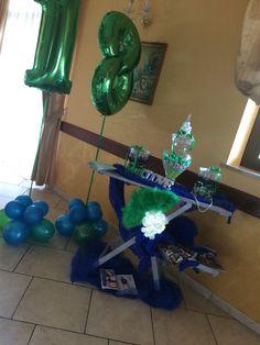 Birthday 18 Scenografie di serena caramelle confetto verde e blu